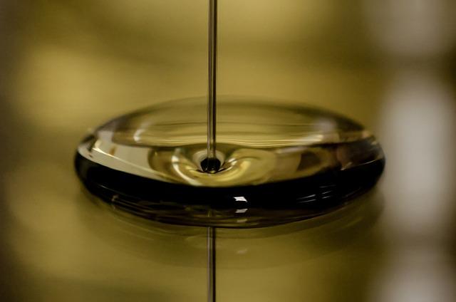 oil-696579_640.jpg